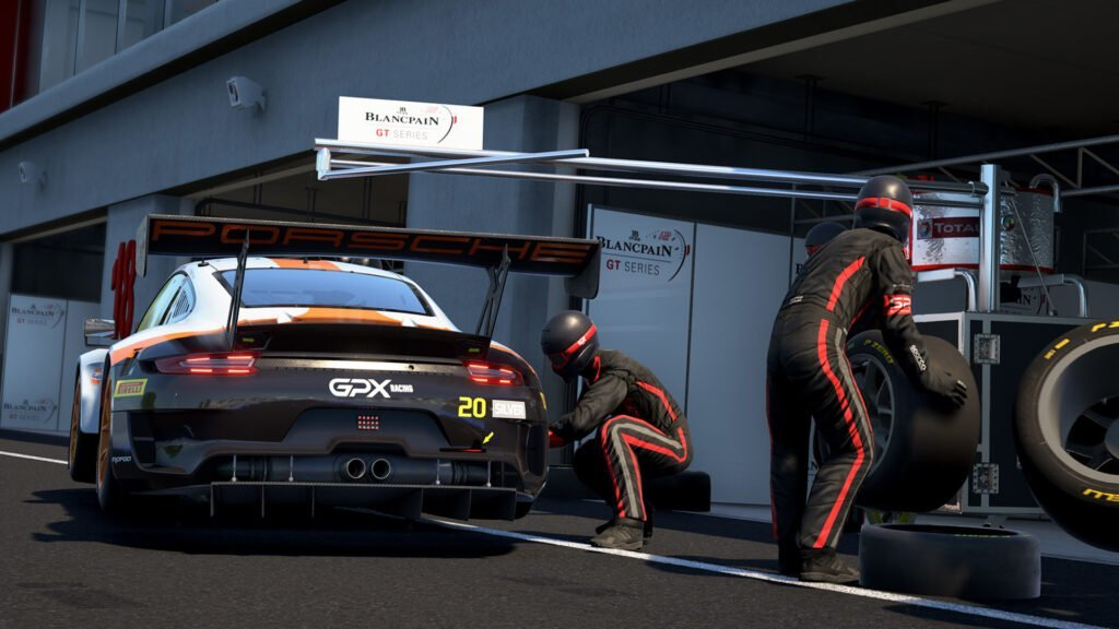 Do you wish more content to Assetto Corsa Competizione as an Xbox user? Well, today is your lucky day because GT4 Pack comes to Xbox One.